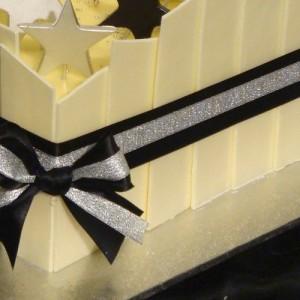 SHARDS WHITE CHOCOLATE
